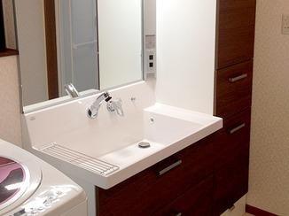 洗面リフォーム こだわりの洗面と手洗いしやすいトイレ