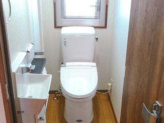 トイレリフォーム 空間にゆとりある使いやすいトイレ
