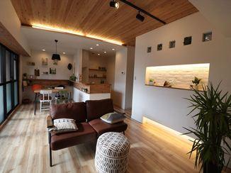 マンションリフォーム 天然木を各所に使用し、お部屋全体がお洒落なインテリアに
